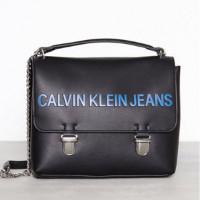Calvin Klein Veske med skulderreim