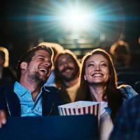 Kinodate med popcorn og brus